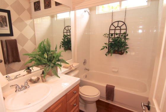 5849 Evening Sky Bathroom